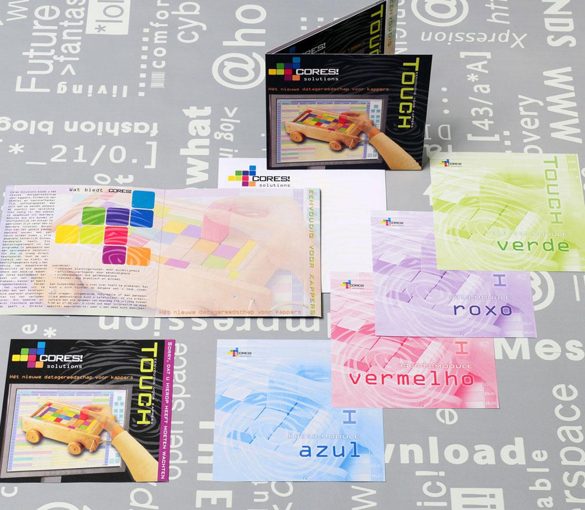 Cores, reclame, ontwerp, logo, huisstijl, grafische vormgeving, DTP, reclame-uiting, brochure.
