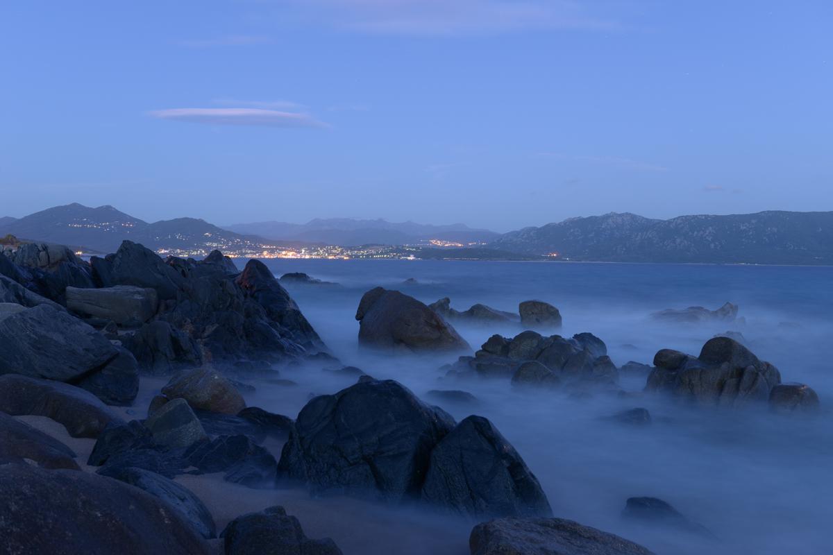 corsica, mist, rotsen, zee, Hans van der Mark, HVM, fotografie, fotograaf, vakfotograaf, passie