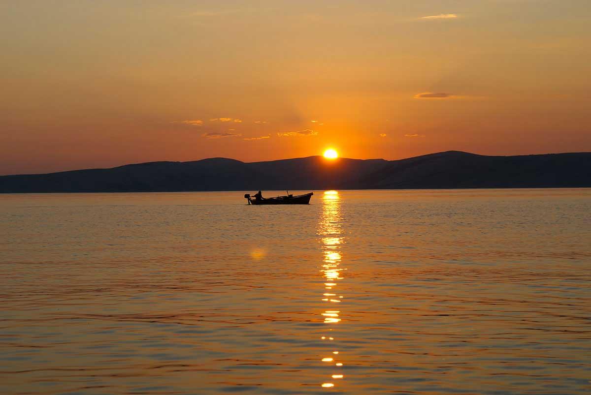 Zonsondergang, zee, boot, Hans van der Mark, HVM, fotografie, fotograaf, vakfotograaf, passie