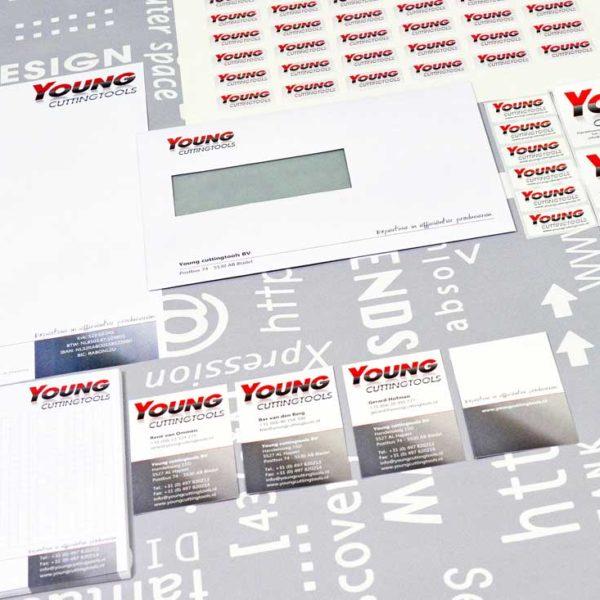 Young cuttingtools, ontwerp, logo, huisstijl, stickers, reclame, grafische vormgeving, DTP, reclame-uiting, portfolio