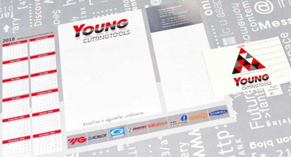 Young cuttingtools, bureauplanner, nieuwjaarskaart, ontwerp, logo, huisstijl, reclame, grafische vormgeving, DTP, reclame-uiting, portfolio