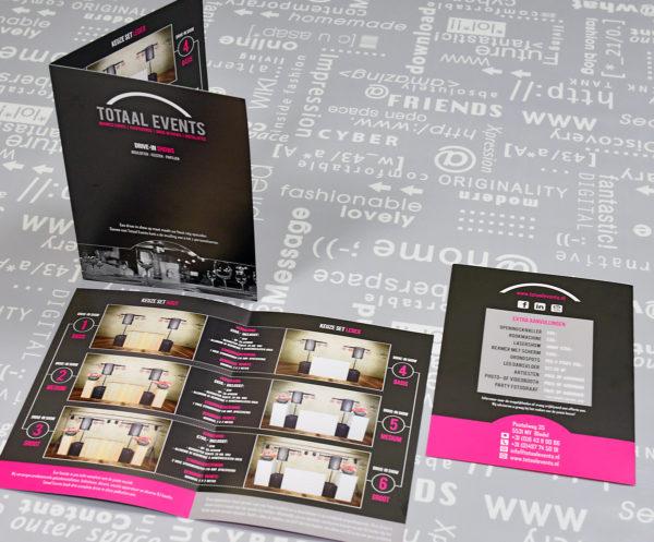 Totaal-Events-identiteit-branding-huisstijl-grafisch-ontwerp-folder-banner-brochure-sticker-offertemap-fotografie-reclame-uiting-portfolio-Bladel-2